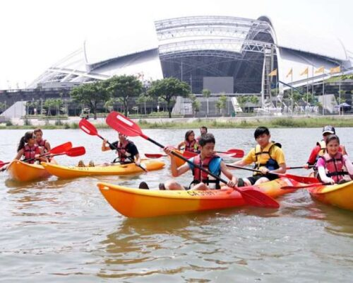 The Ultimate Guide to Kayaking in Singapore: Locations, Rentals & Tours