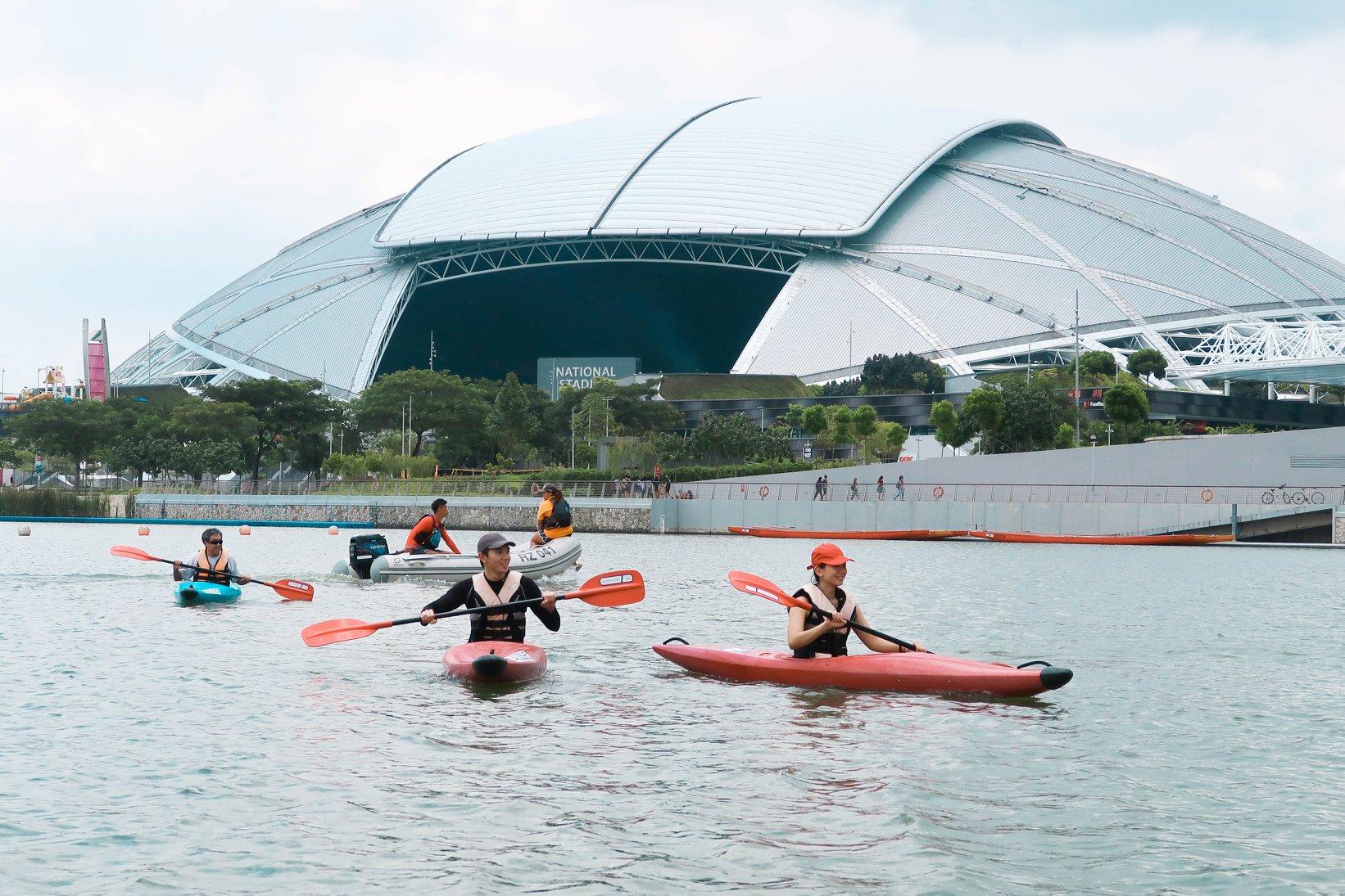 Kayakers kayaking at Marina Bay along sports hub