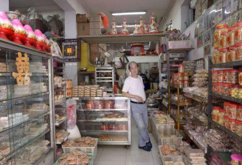 owner of sze thye cake shop