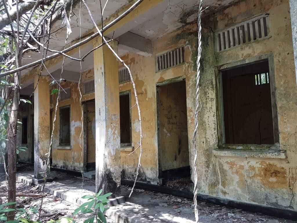 abandoned haw par beach villa at Coney Island