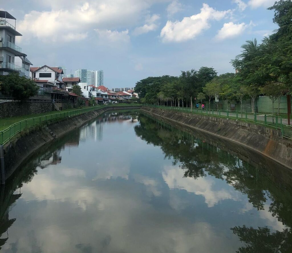 canal beside lorong buangkok kampong