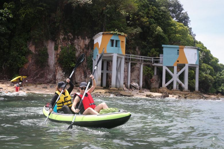 kayakers kayaking along Sentosa
