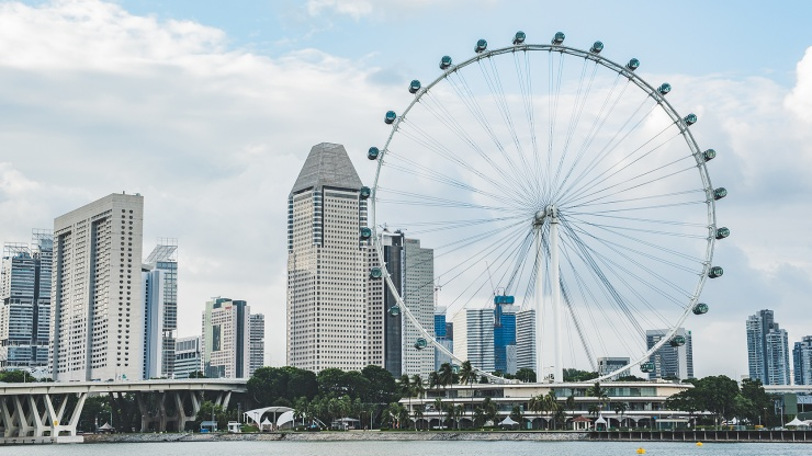 #4: Singapore Flyer the Feng Shui Wheel